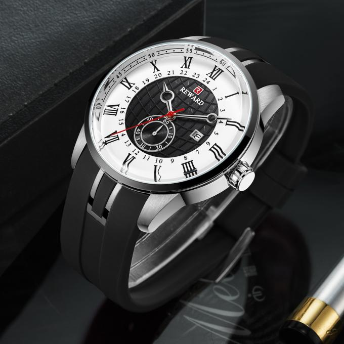 Alloy Sporty Mens Watches , Durable Mens Bracelet Watches With Silicone Strap